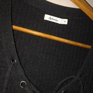 Reitmans grey long sleeve with strings